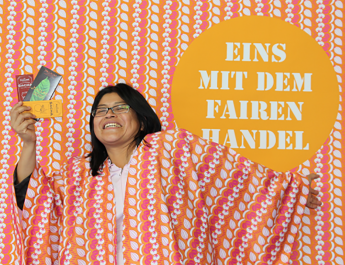 Selfie-Fotoaktion #EinsMitDemFairenHandel